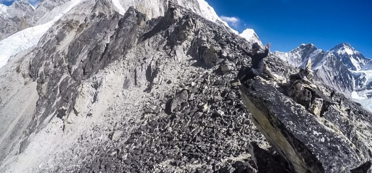 When is the best time to trek Everest base camp