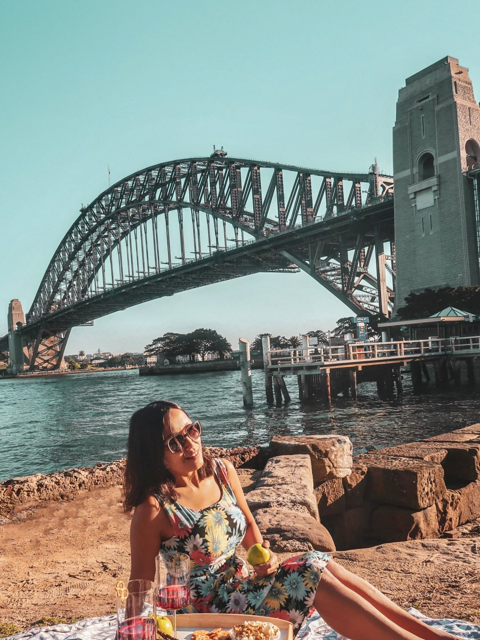 solo female travel blogger