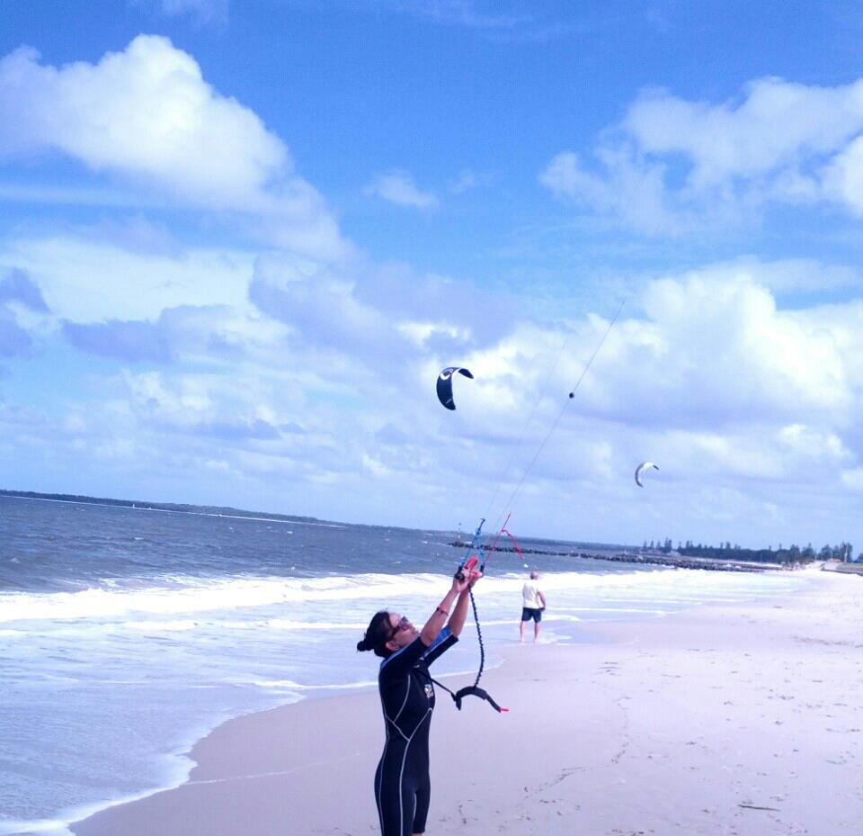 Kite surfing in sydney