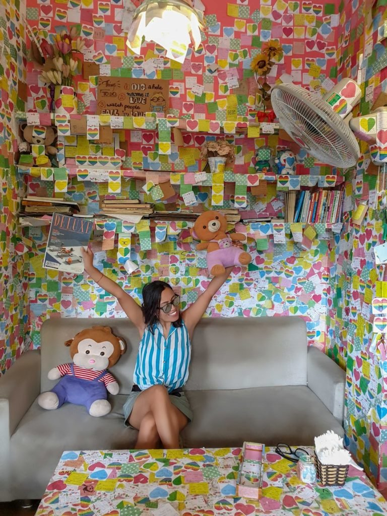 sticky note cafe in hanoi, vietnam
