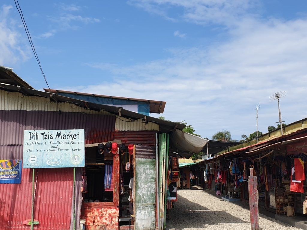 Dili Tais market