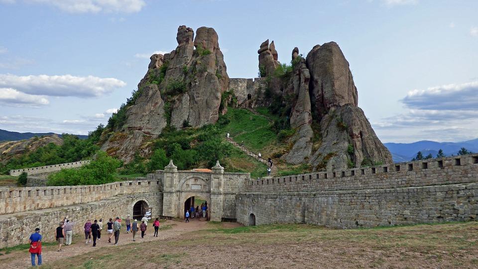 Belogradchik rocks tour from sofia