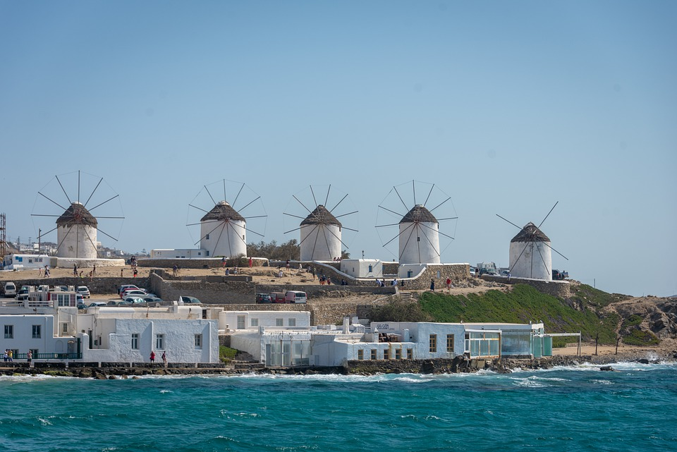 solo travel to Greece
